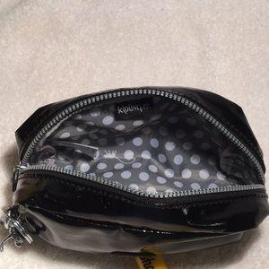 Kipling Bags - Small Kipling pouch with metal monkey key chain 36fd36b649